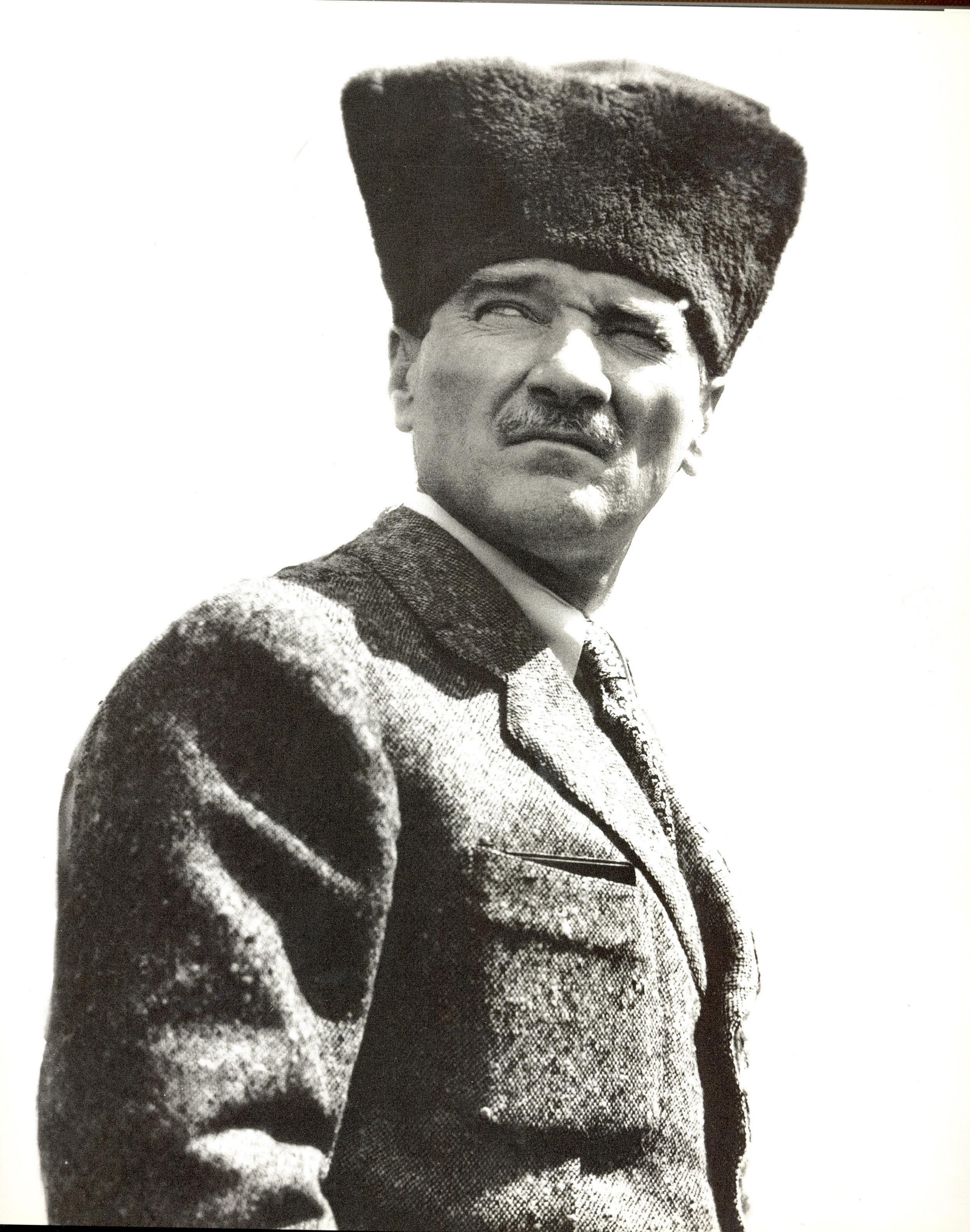 Atatürk Portreleri