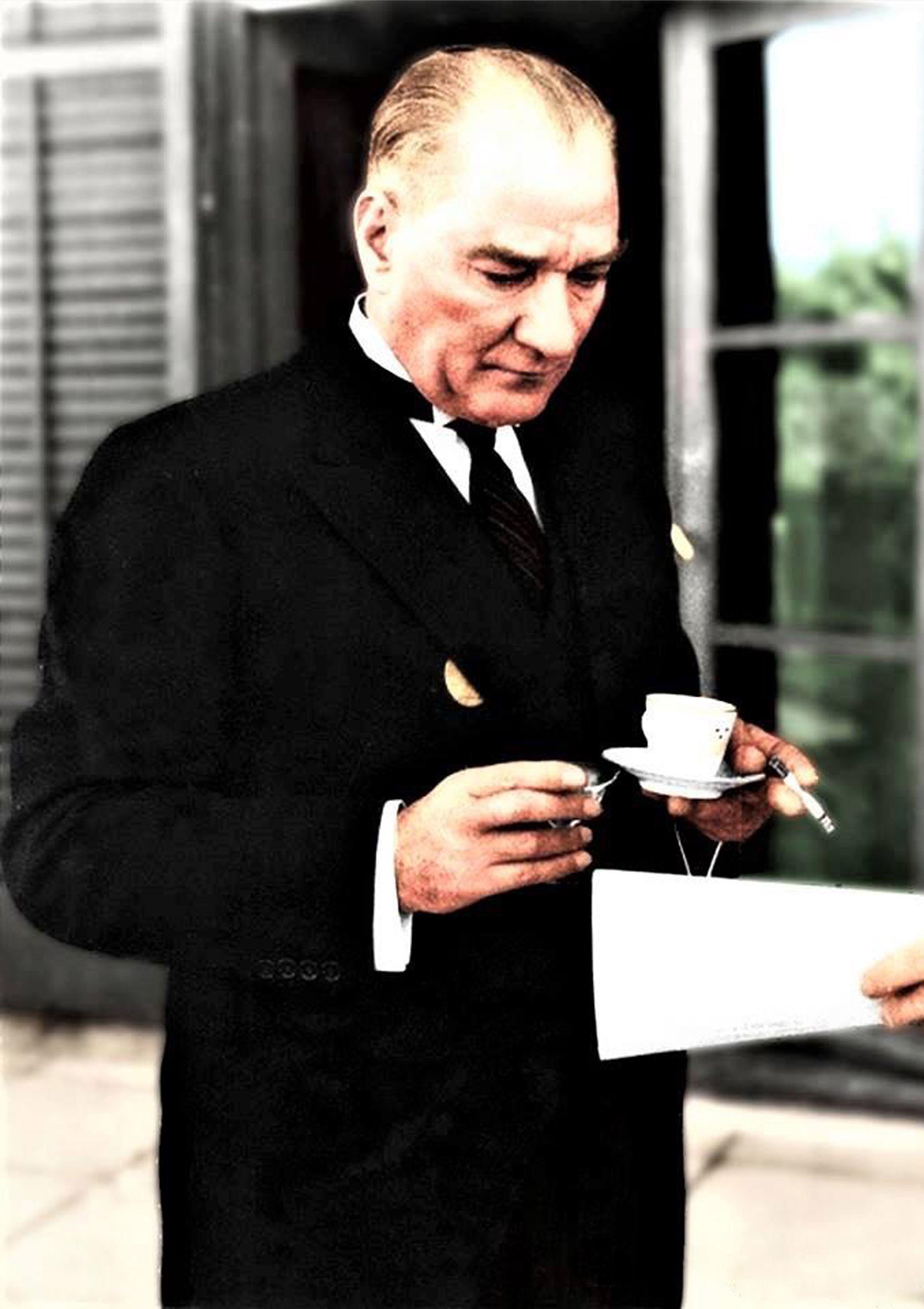 Atatürk hd resmleri