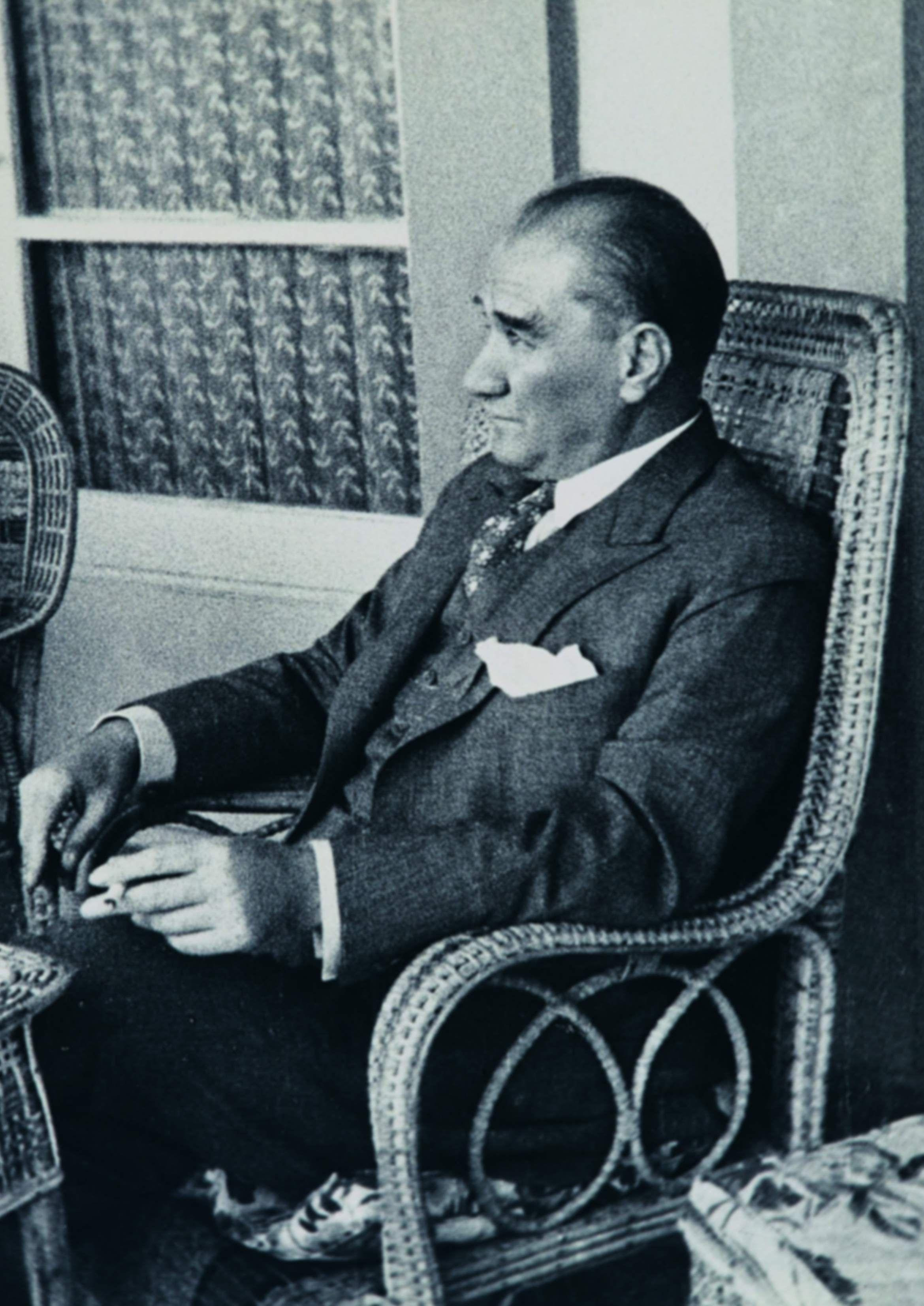 Atatürk resimleri iki