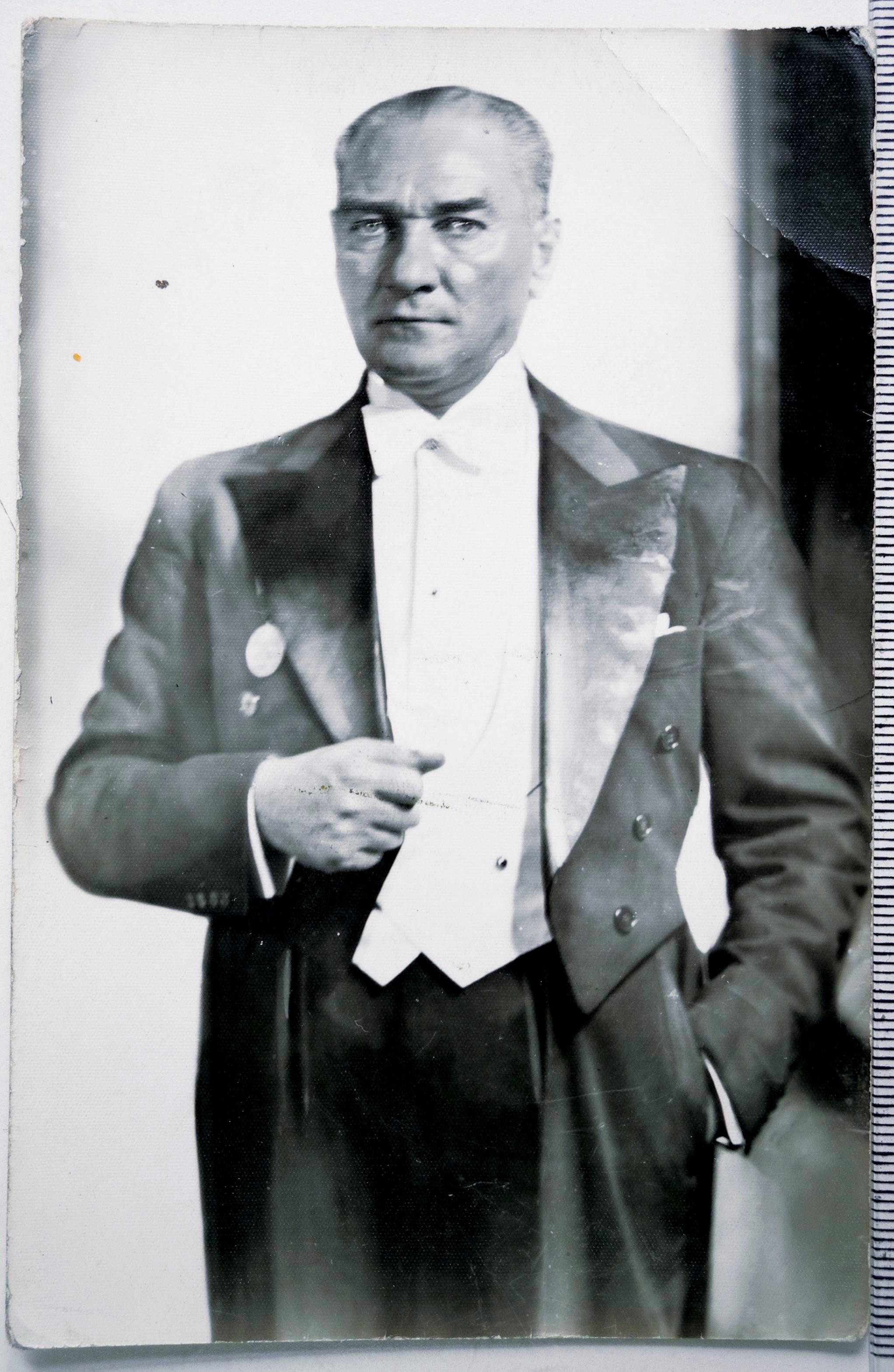 Mustafa Kemal Atatürk Duvarkağıdı