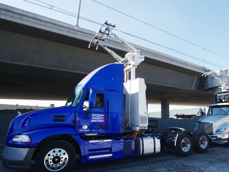 Nikola hybrid truck 2k wallpapers