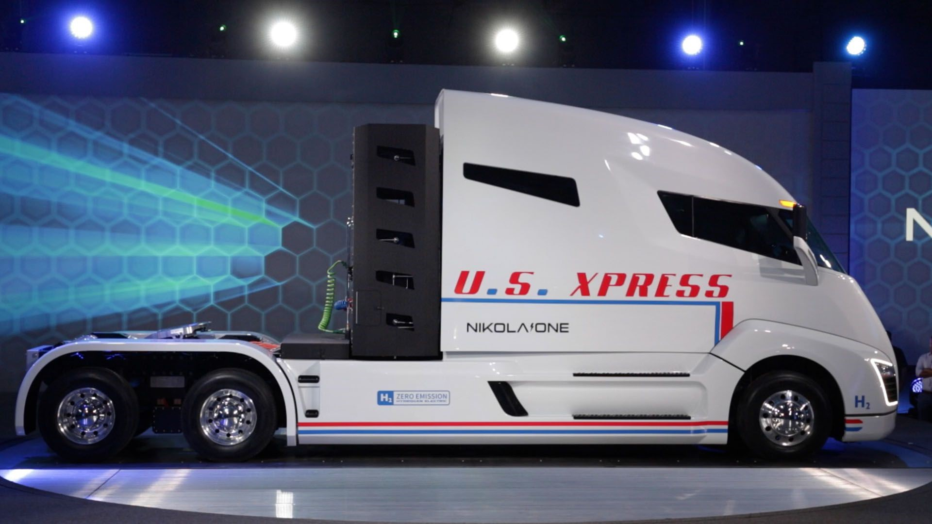 Nikola hybrid truck uhd foto