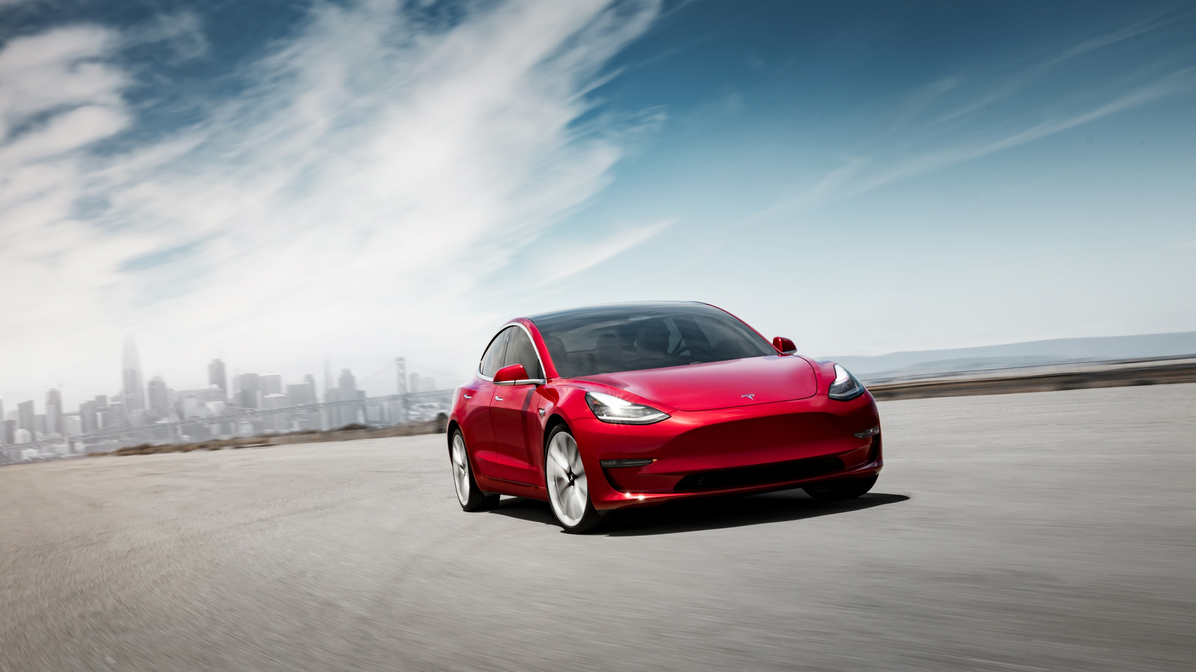 Tesla resmi