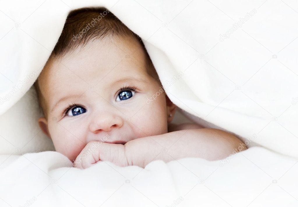 bebek 10k duvarkağıdı