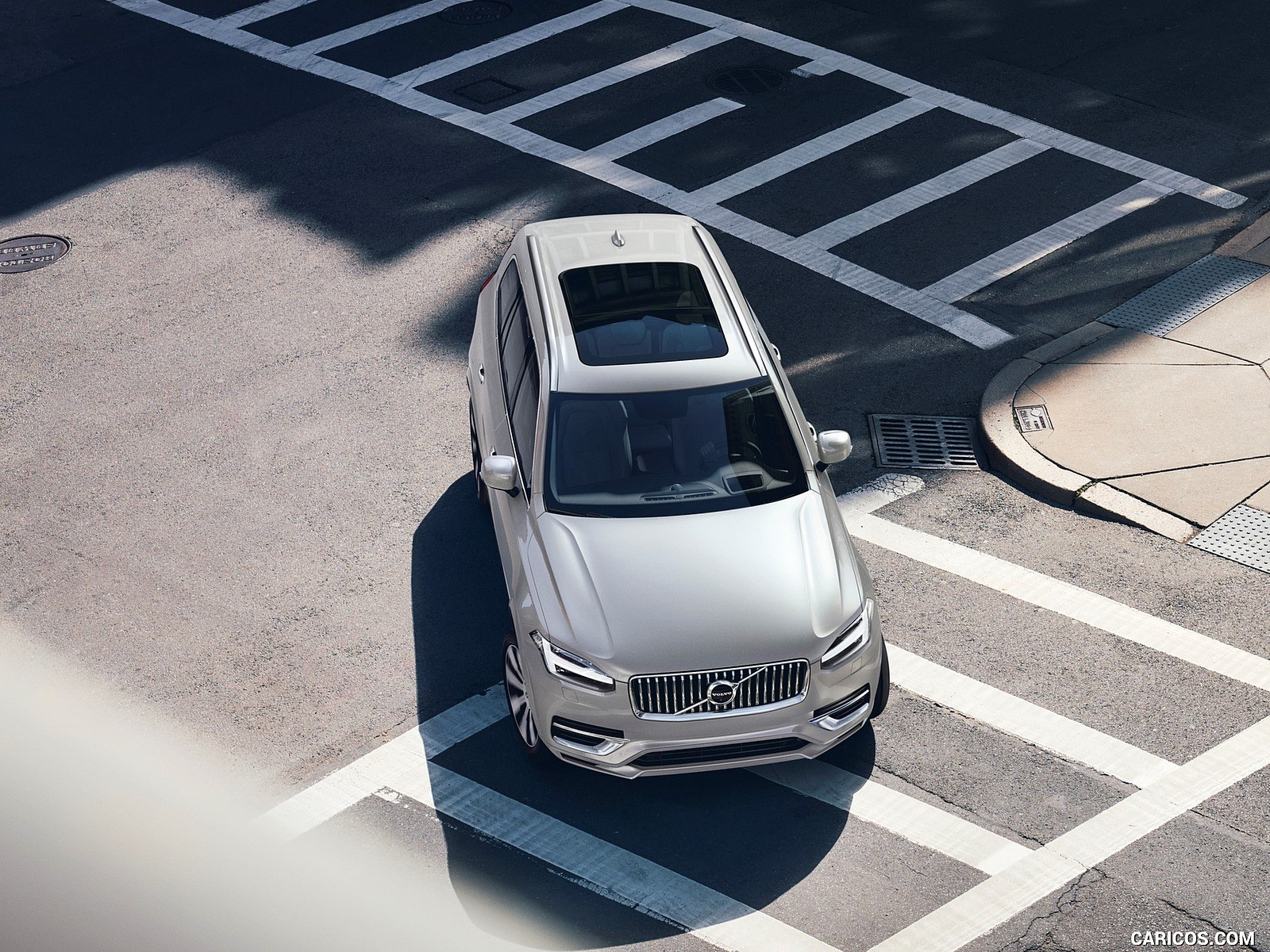 2020 Volvo XC90 wallpapers