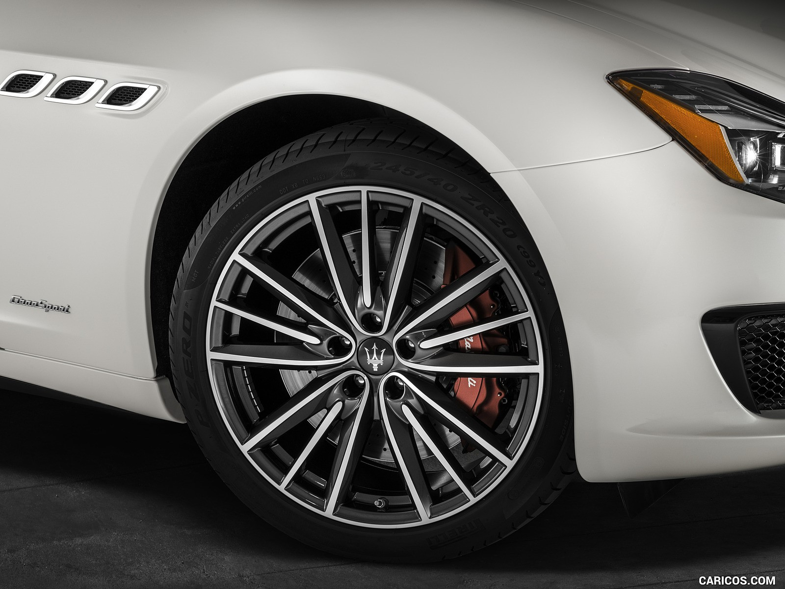 Maserati Quattroporte 2019 hd fotoları