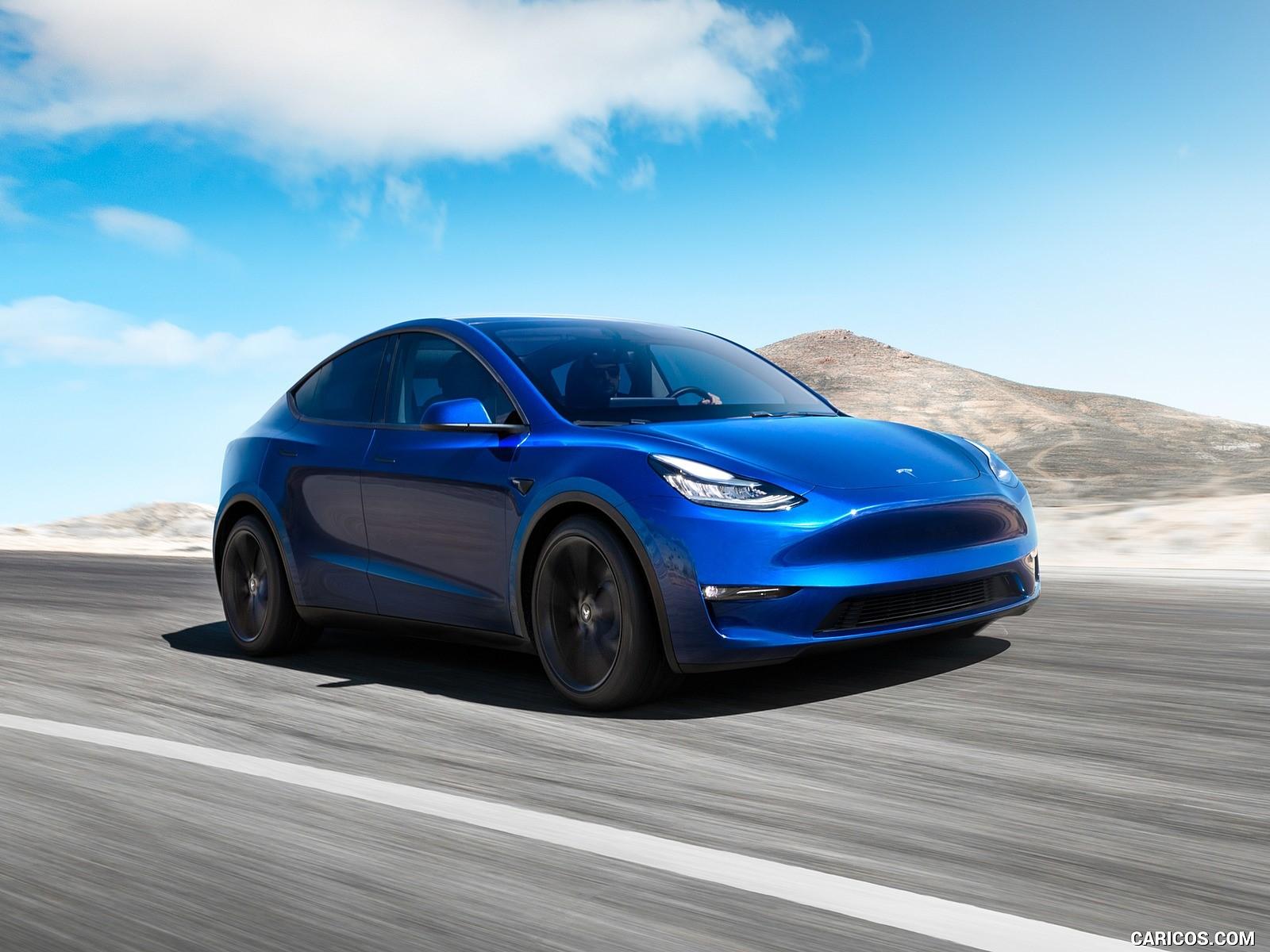 Tesla Model Y resimleri
